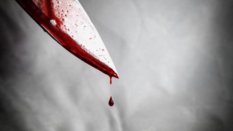 Тийнейджър наръгал 27 пъти жена с нож в Силистренско