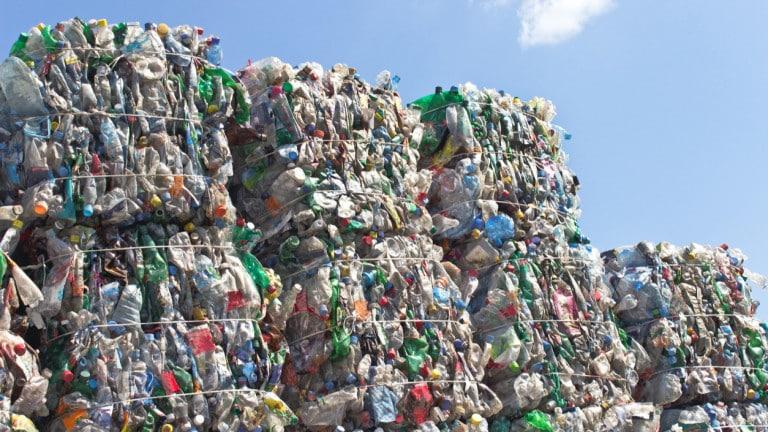 Спецпрокуратурата се захвана с тоновете италиански боклук в Плевен