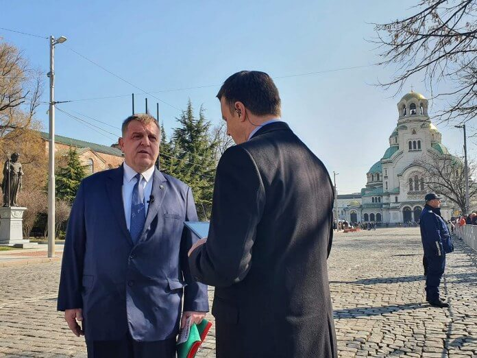Каракачанов: Партиите са временни, но България ще остане във вековете (ВИДЕО)