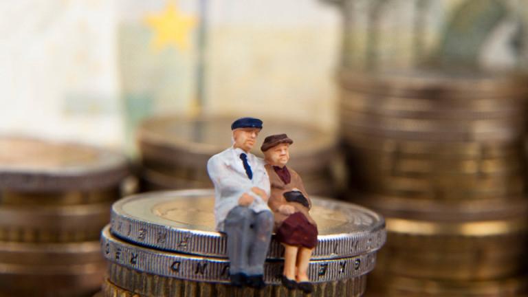 Септември стават ясни пенсиите по втория стълб