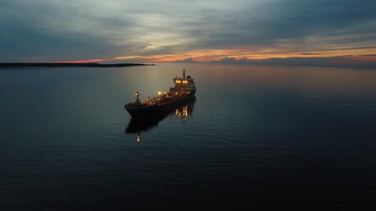 Двама загинали при нападение над израелски танкер в Арабско море (ОБНОВЕНА)