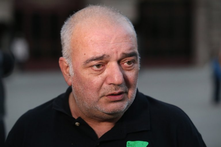 Арман Бабикян настоя, че за кабинета трябва да се чуе и Слави Трифонов