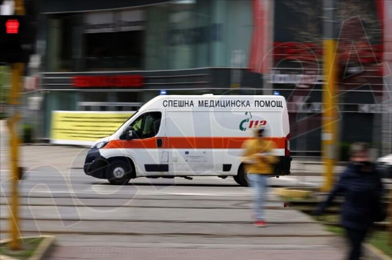 """Автобус с 20 пътници катастрофира на АМ """"Тракия"""""""