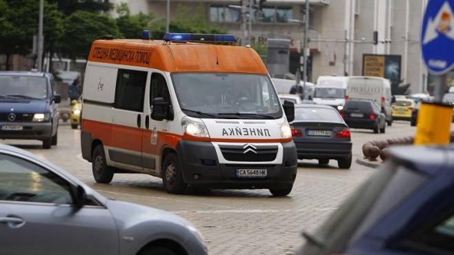 Двама с опасност за живота след катастрофа на пътя Бургас – Малко Търново