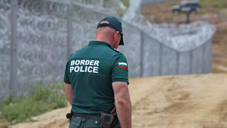 България и Сърбия няма да са паркинг на мигранти